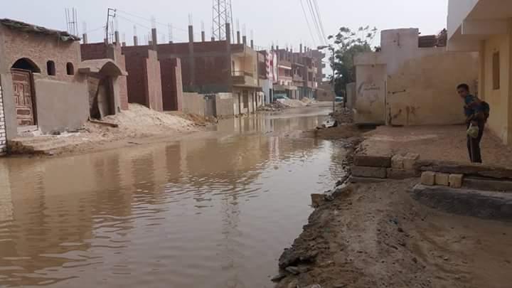 الصرف الصحي يضرب شوارع «فنارة» وسط تجاهل مسؤولي الإسماعيلية