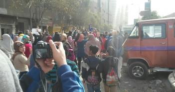 صور.. انطلاق مسيرة احتجاجية من أمام مسجد كريستال عصفور بشبرا الخيمة