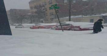 مصري يرصد أجواء العاصفة الثلجية الشديدة بولاية نيوجرسي الأمريكية