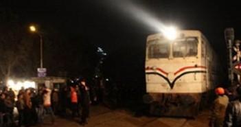قطار ليلا