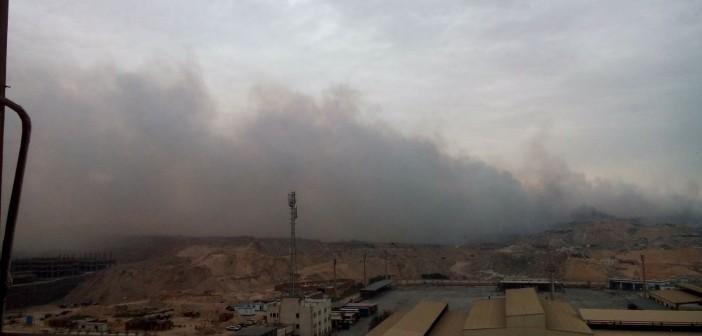 بالصور والفيديو.. سكان «الواحة» بمدينة نصر يطلقون نداء استغاثة من دخان القمامة: «بنموت»
