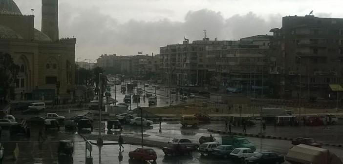 📷| بالصور.. سقوط أمطار وأجواء غائمة تغطي مدينة 6 أكتوبر