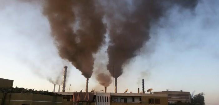 بالصور.. مواطنو كوم امبو يواصلون الكتابة لـ«شارك» عن «هفت» مصنع السكر: «بنموت»