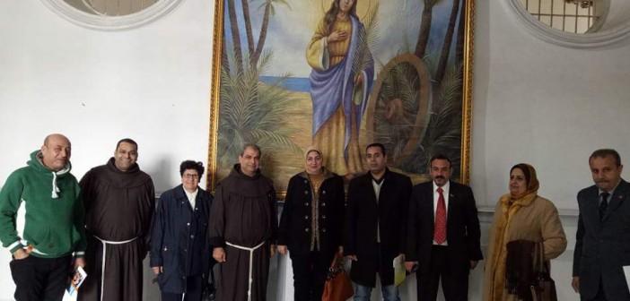 قيادات بالتعليم يزورون كنيسة سانت كاترين بالإسكندرية للتهنئة بأعياد الميلاد (صور)