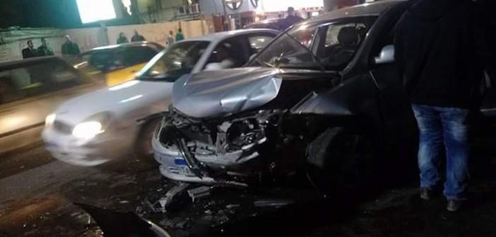بسبب السير المخالف.. تحطم ثلاث سيارات على كورنيش الإسكندرية (صور)