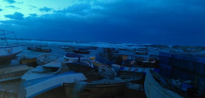هكذا بدت الإسكندرية خلال موجة برد قارص ضربت المدينة (صور)