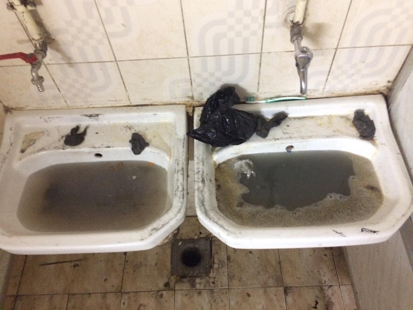 مشاهد الإهمال في المدينة الجامعية ببورسعيد