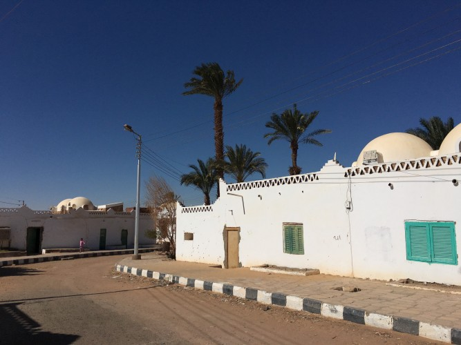 النمط المعماري النوبي في مدينة ابوسمبل السياحية