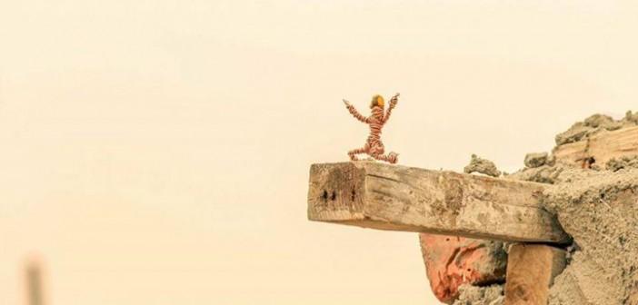 «زقرم».. بطل خارق صنعه مصري من مسمار وأسلاك قديمة (14 صورة)
