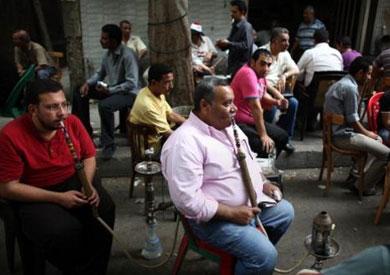 مطالب بإغلاق مقاهي مخالفة خلف دار مغتربات بسوهاج بسبب التحرش (صور)