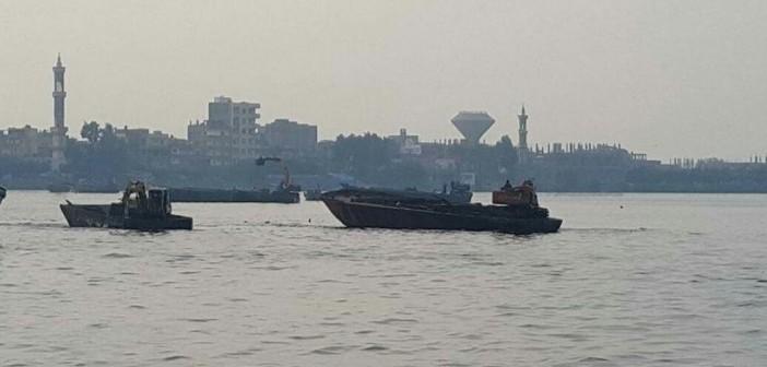 بالصور.. حملة للمسطحات المائية بالبحيرة وكفر الشيخ لإزالة الأقفاص السمكية