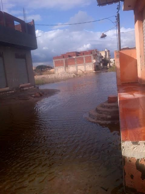 مياه الصرف تغمر شوارع وبيوت في الكيلو 21 بالإسكندرية