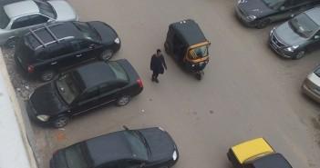 مواطنون يشكون انتشار التوك توك في سموحة: خطر على حياتنا