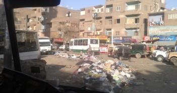 القمامة ومخلفات المباني تعترض شارع 15 مايو وطريقي بهتيم ومسطرد بشبرا