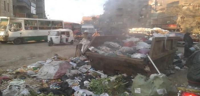 📷  لا جديد.. أطاحت القمامة برئيس حي شرق شبرا.. وخلفه لم يرفعها من الشوارع (صور)