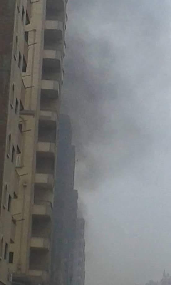 اشتعال النيران في ميكروباص بشبرا الخيمة