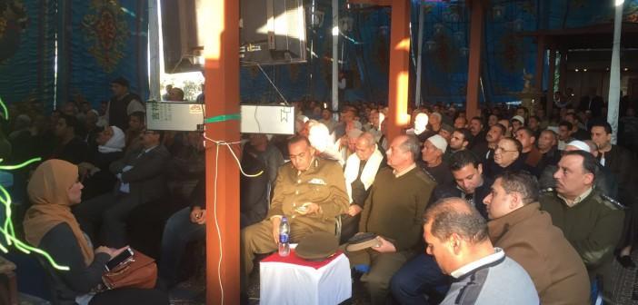 📷| إنهاء خصومة بين عائلتين بإحدى قرى المنوفية بعد مقتل شاب