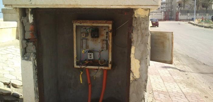 «بوكس كهرباء» يهدد سكان شارع العشرين بفيصل.. والشركة تتجاهلهم