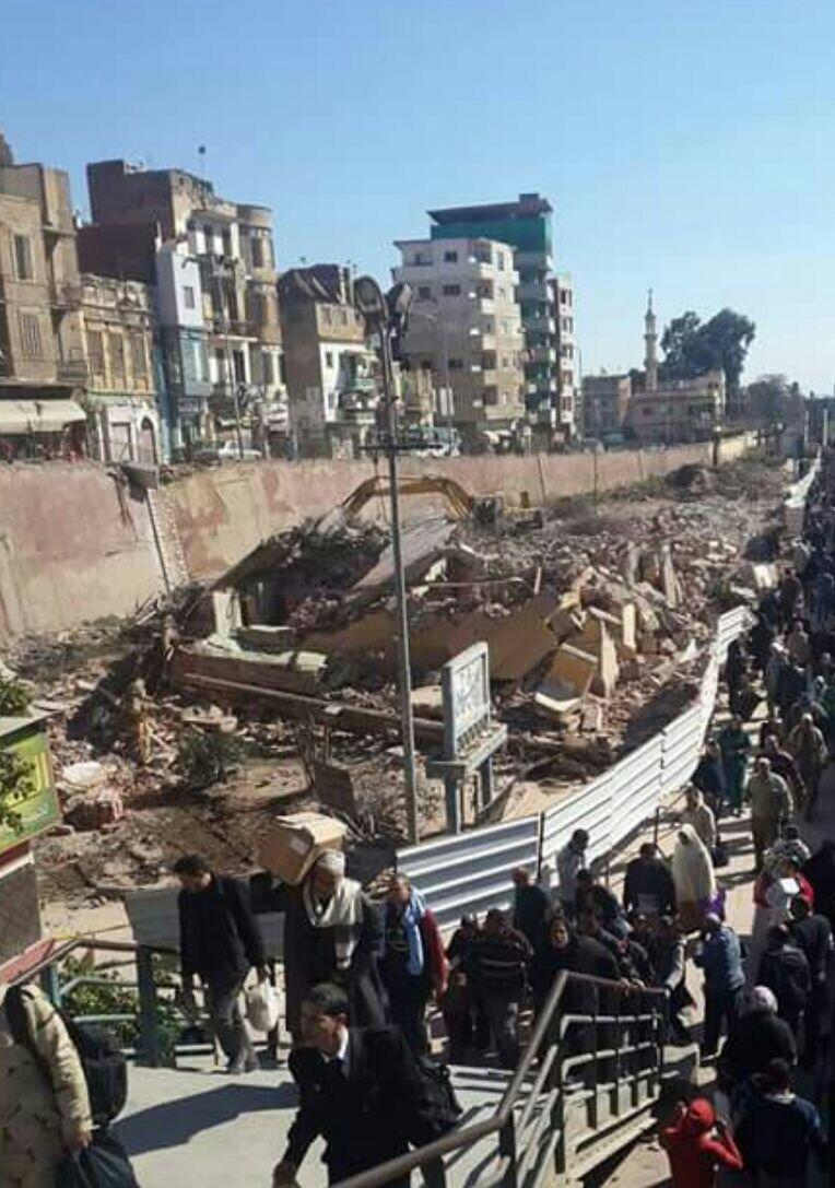 بالصور.. هدم محطة قطارات دمنهور التاريخية يثير غضب المواطنين