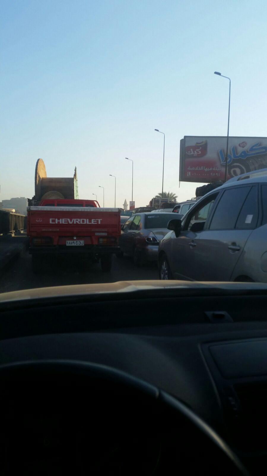 زحام مروري شديد في اتجاه القاهرة على طريق مصر ـ الإسكندرية الزراعي