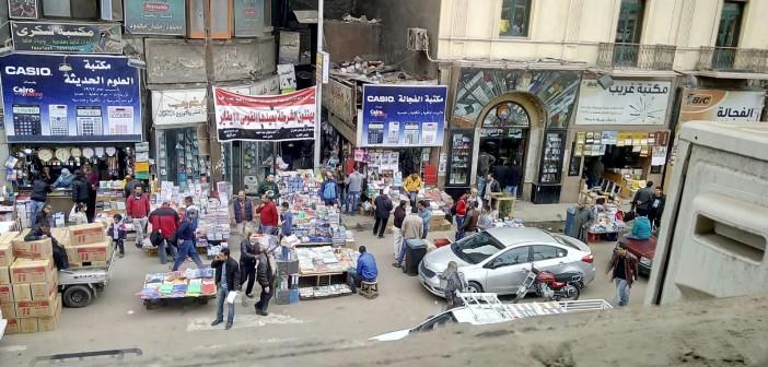 📷 مواطن يطالب بنقل الباعة الجائلين من الفجالة (صور)