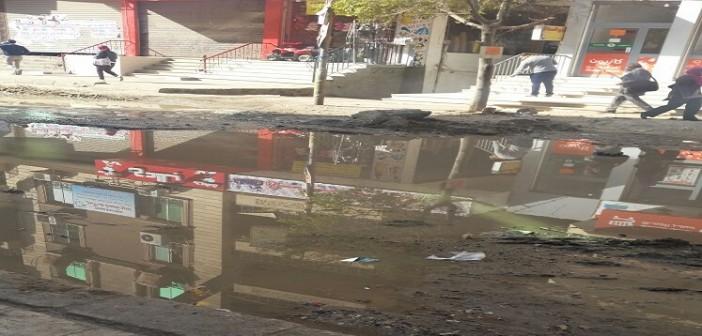 📷| شوارع بسهل حمزة بالهرم تغرق في الصرف وسط تجاهل المسؤولين