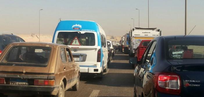 استياء من إشغالات ومطبات على طريق الواحات المؤدي لـ 6 أكتوبر