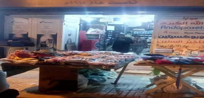 📷| انتشار الباعة الجائلين في المنشية بالإسكندرية.. وصيدلي: ينسقون مع المخبرين