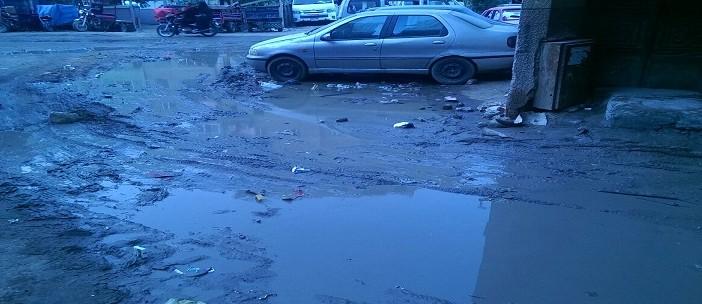 📷| طفح مياه الصرف الصحي بشوارع الخصوص وسط تجاهل المسؤولين