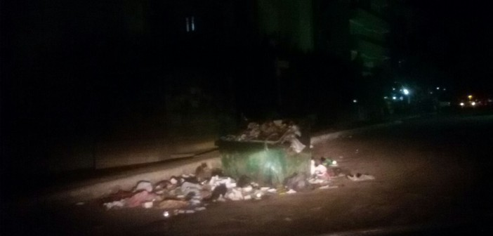 بالصور.. تفاقم أزمة القمامة بالعبور: مسؤول قال حلها في يناير «بس محددش سنة كام»