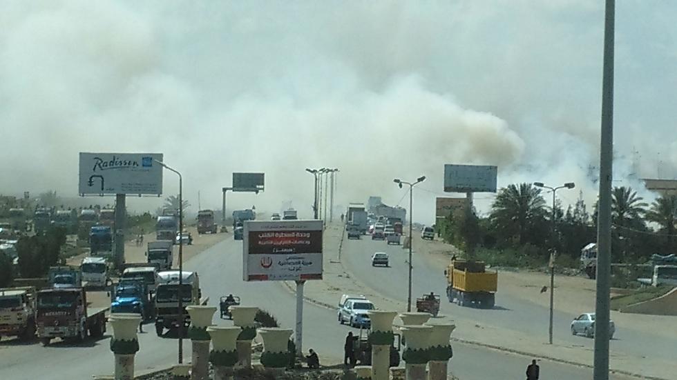مواطنون يتضررون من دخان مقلب قمامة أمام «الطاقة الذرية» بالإسكندرية