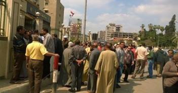 أصحاب المخابز يتظاهرون ضد الغرامات ورداءة الدقيق أمام «ديوان الغربية»