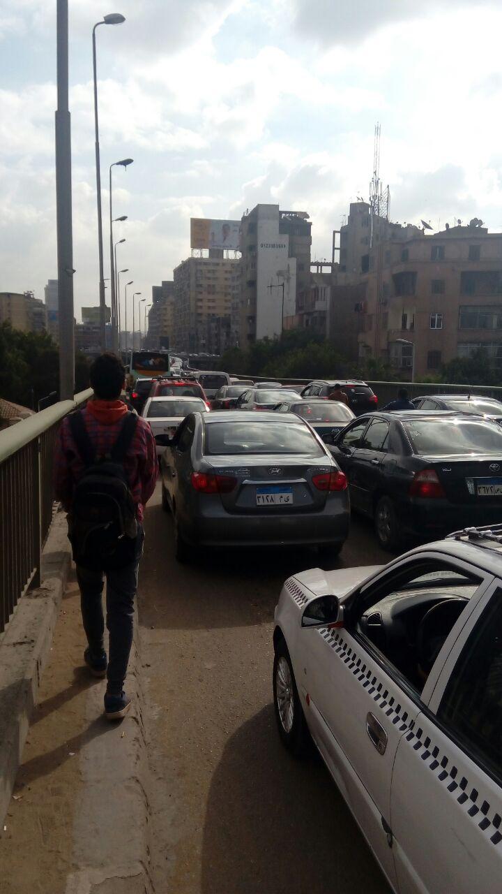 شلل مروري بالجيزة بسبب إغلاق كوبري فيصل أمام حركة السيارات