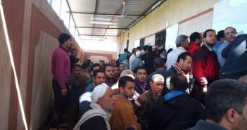 زحام بمرور طنطا بسبب شهادات المخالفات.. ومواطن: «تعامل غير آدمي»