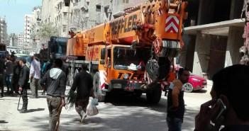 هدم أبراج سكنية مخالفة بالهرم