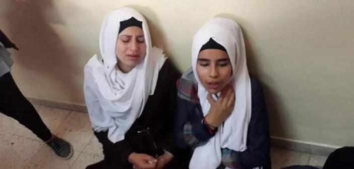صورة| اختناق 25 فتاة عاملة بأحد مصانع الفيوم.. ونقلهن لمستشفى طامية