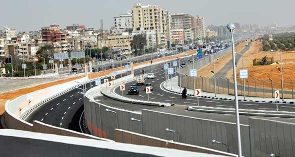 سكان «مدينة قباء» بجسر السويس يطالبون بكوبري مشاه لـ«جوزيف تيتو»