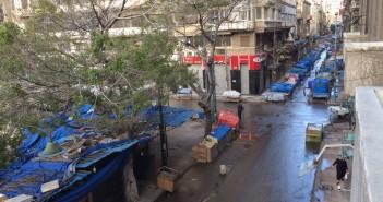الاستيلاء على أرصفة ميدان سانت كاترين وشارع نوبار بالإسكندرية