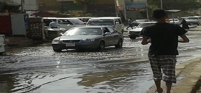 بالصور.. شوارع بأسوان تغرق في المياه والقمامة وسط غياب المسؤولين