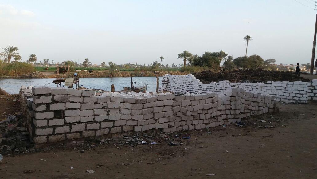 تعديات على شاطىء البحر اليوسفي بالمنيا (صور)
