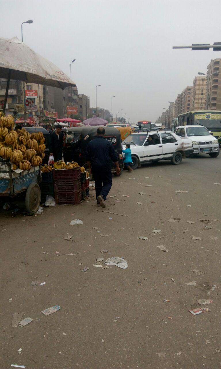 مواطن يشكو فوضى الإشغالات في شوارع الحي العاشر بمدينة نصر