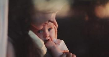 عيد الأم .. أطفال