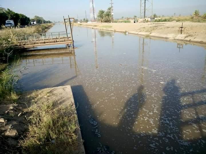 انقطاع المياه عن مناطق بالنوبة.. وتسرب الصرف في ترعة بلانة