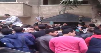 فيديو.. مواطن يتهم شركة حراسة بالتعدي على رواد «جامكا»: «بنتهان علشان نسافر»