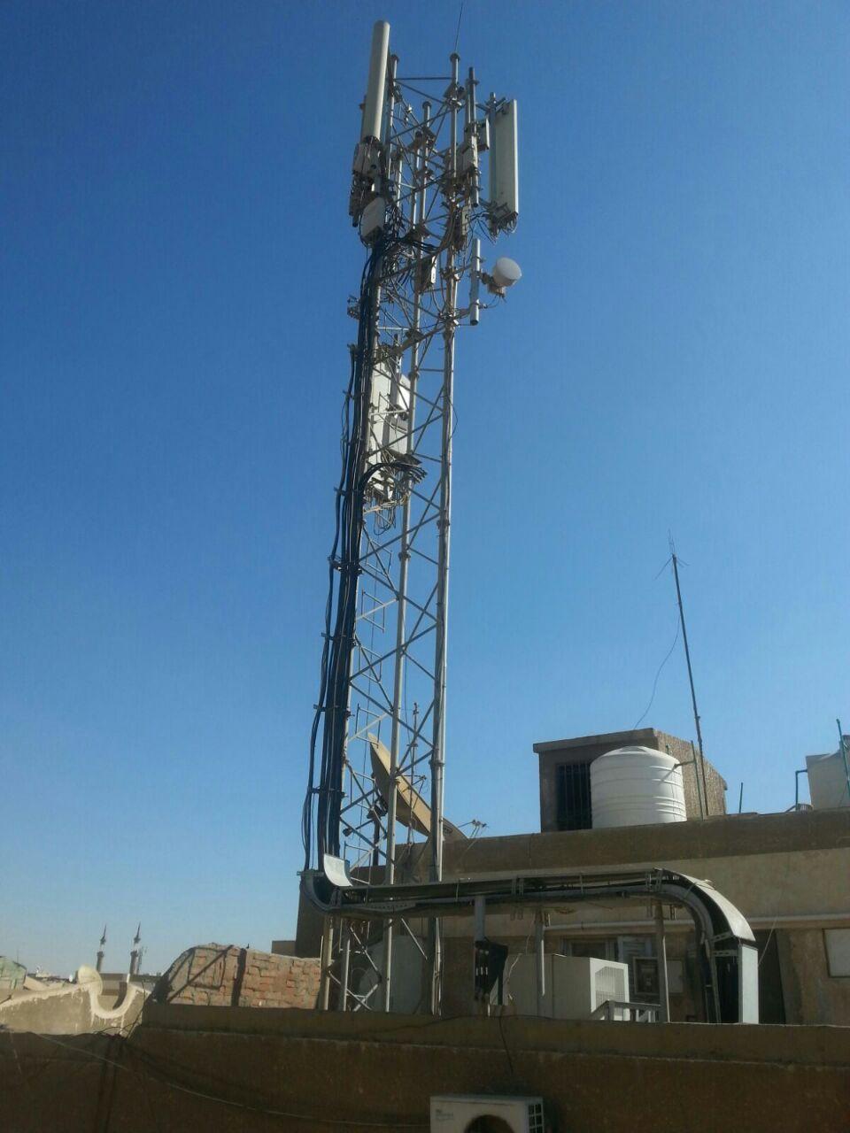 المقطم.. مطالب بتنفيذ قرار إزالة برج محمول مخالف بالهضبة العليا (صور)