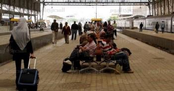 توقف حركة القطارات ـ علاء القمحاوي