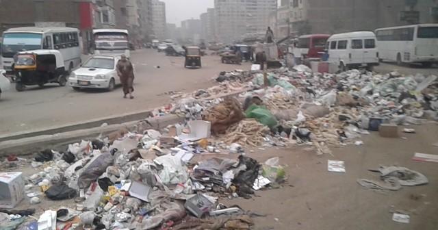 صور| شارع 15 مايو بشبرا الخيمة.. تطوير مصحوب بأزمات جديدة