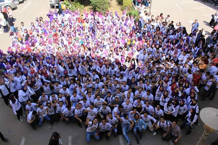 «Fun day».. طلاب صيدلة يحتفلون بتخرجهم في جامعة القاهرة
