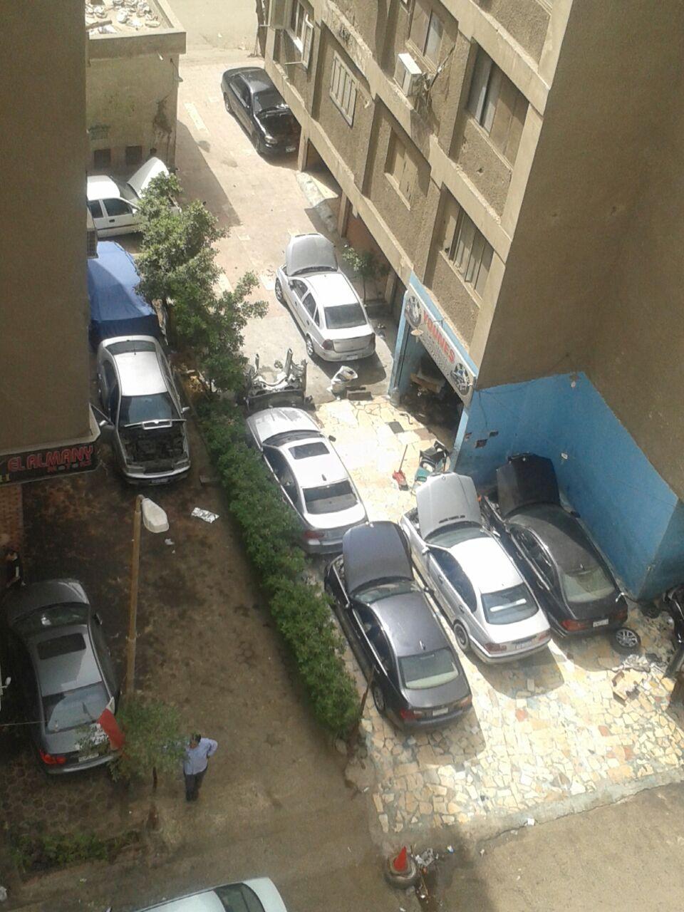 زحف الورش على صقر قريش.. ومواطنون: المحليات أدارت ظهرها لنا