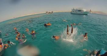صور| كيف يرى العاملون في شرم الشيخ أزمة تيران وصنافير؟: كنت أسبح يوميًا من شرم إلى تيران